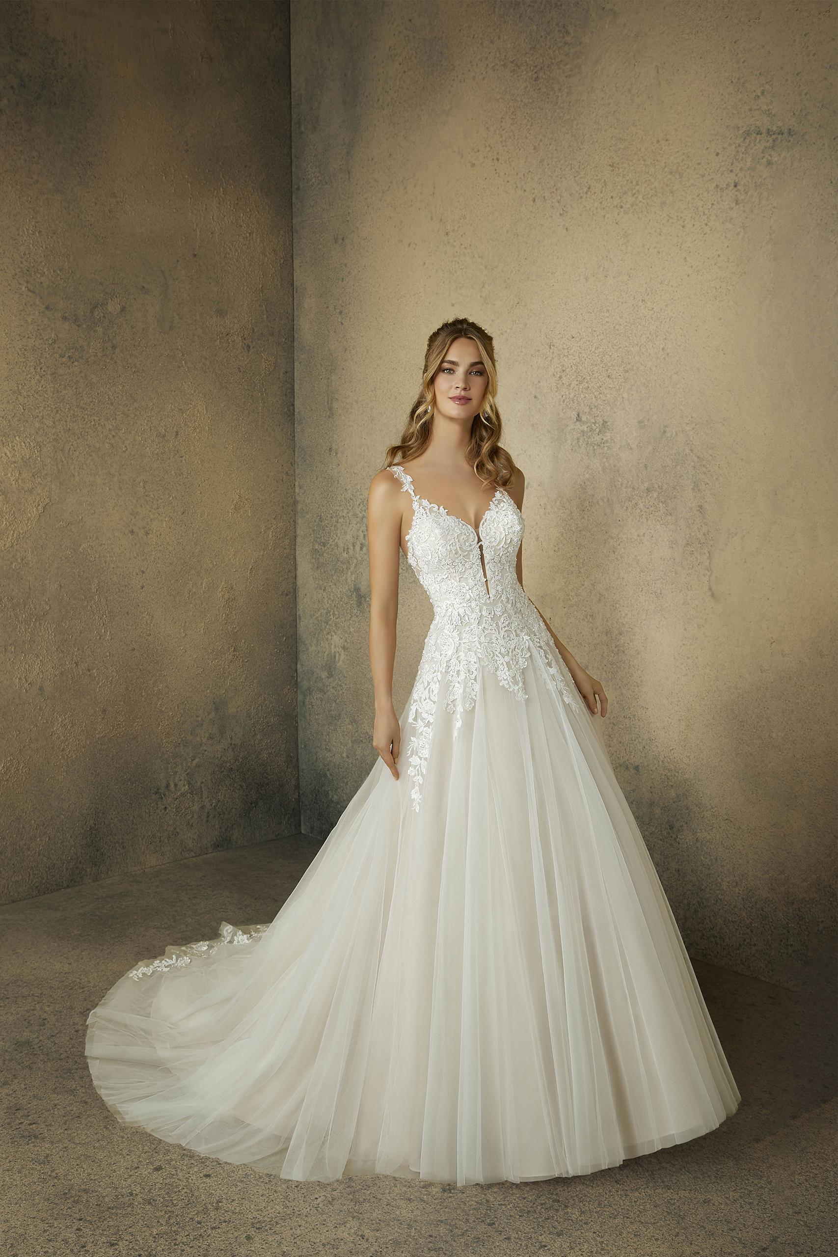 Hochzeitsgasse Brautmode Und Anzuge Fur Ihre Hochzeit